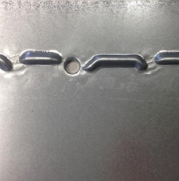Flancs en metal